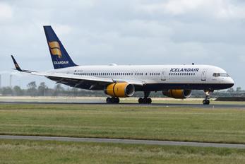 TF-FIY - Icelandair Boeing 757-200WL