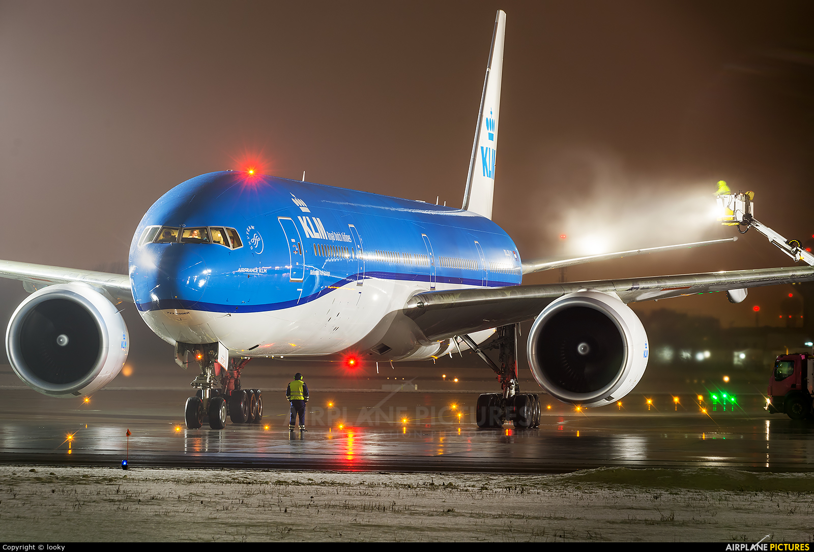 KLM PH-BVO aircraft at Warsaw - Frederic Chopin