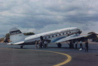 N25673 - Continental Airlines Douglas DC-3