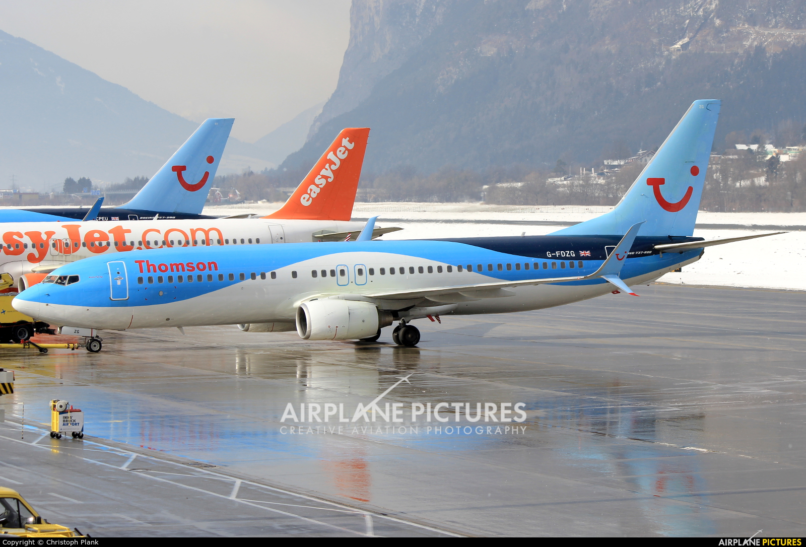 Thomson/Thomsonfly G-FDZG aircraft at Innsbruck