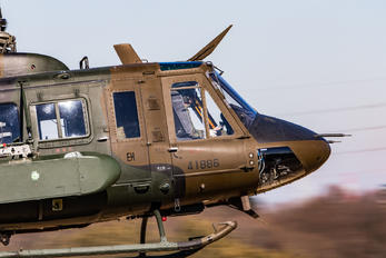 41886 - Japan - Ground Self Defense Force Fuji UH-1J