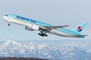 HL7715 - Korean Air Boeing 777-200ER aircraft