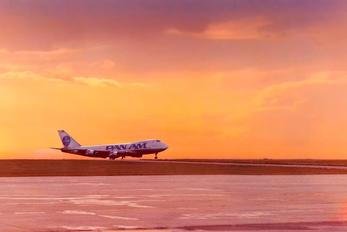 - - Pan Am Boeing 747-200
