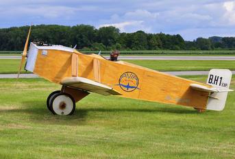 OK-GUU25 - Private Avia BH.1