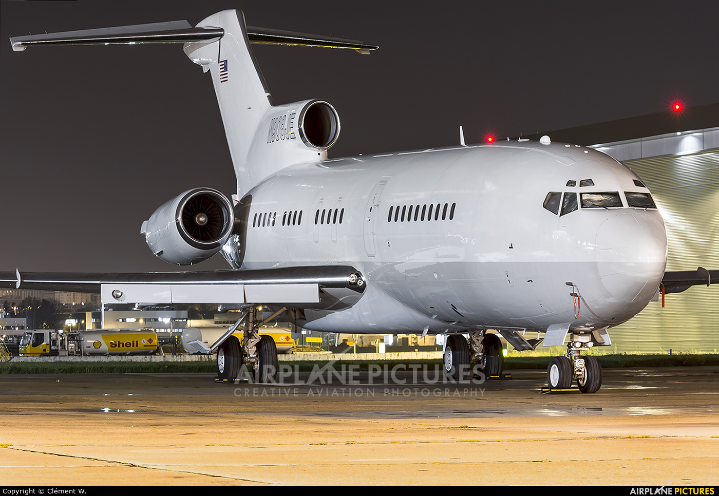 Private N908JE aircraft at Paris - Le Bourget