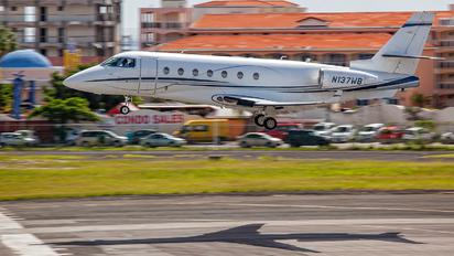 N137WB - Private Gulfstream Aerospace G200