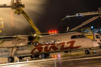 C-FRUZ - Air Canada Jazz de Havilland Canada DHC-8-300Q Dash 8