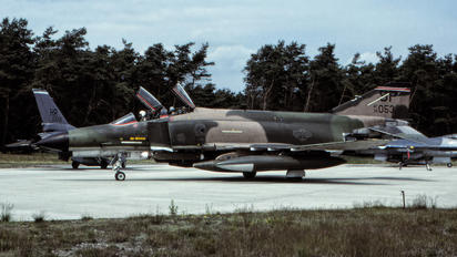 7401053 - USA - Air Force McDonnell Douglas F-4E Phantom II