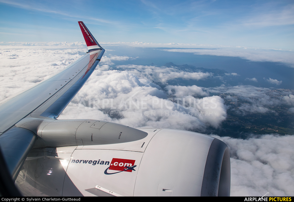 Norwegian Air Shuttle LN-NII aircraft at In Flight - French Antilles
