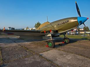 HL-01 - VHU Avia B-33