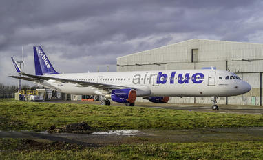AP-BMN - Air Blue Airbus A321