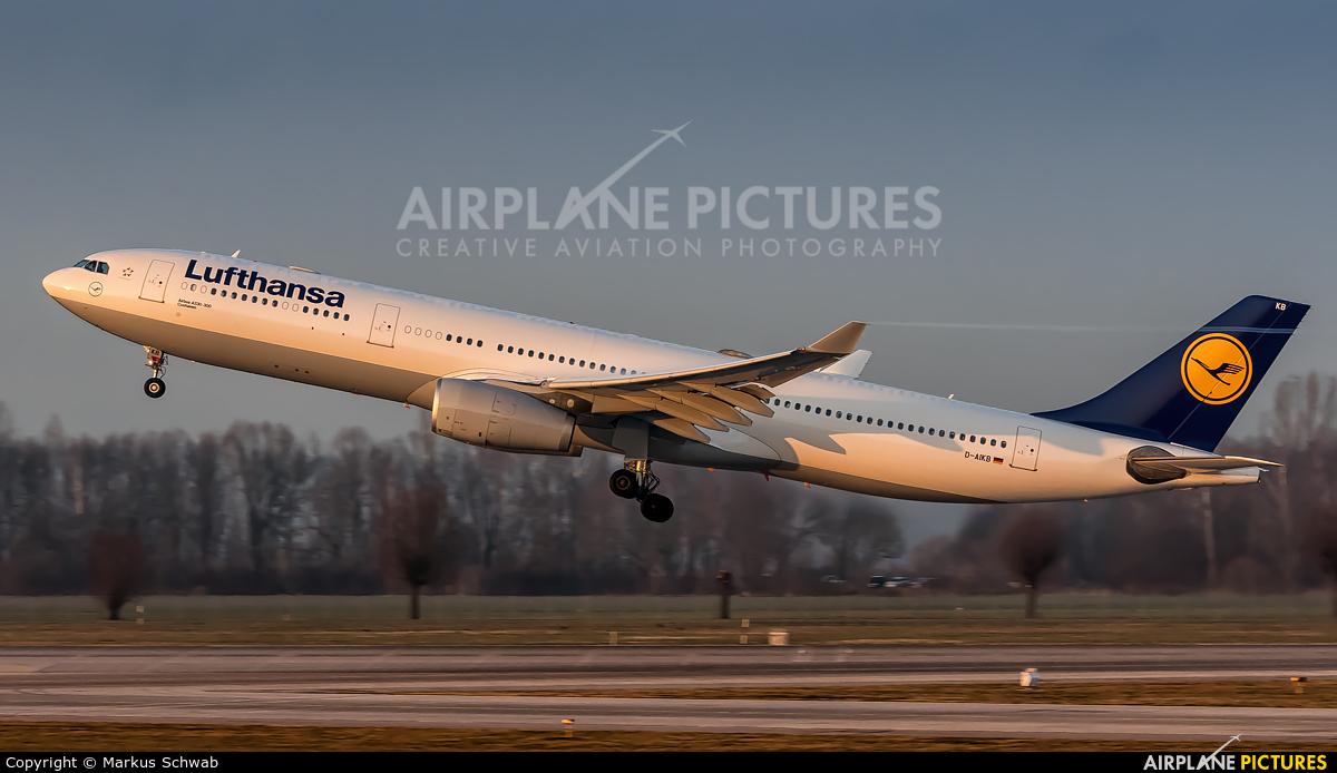 Lufthansa D-AIKB aircraft at Munich