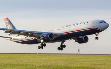 N275AY - US Airways Airbus A330-300