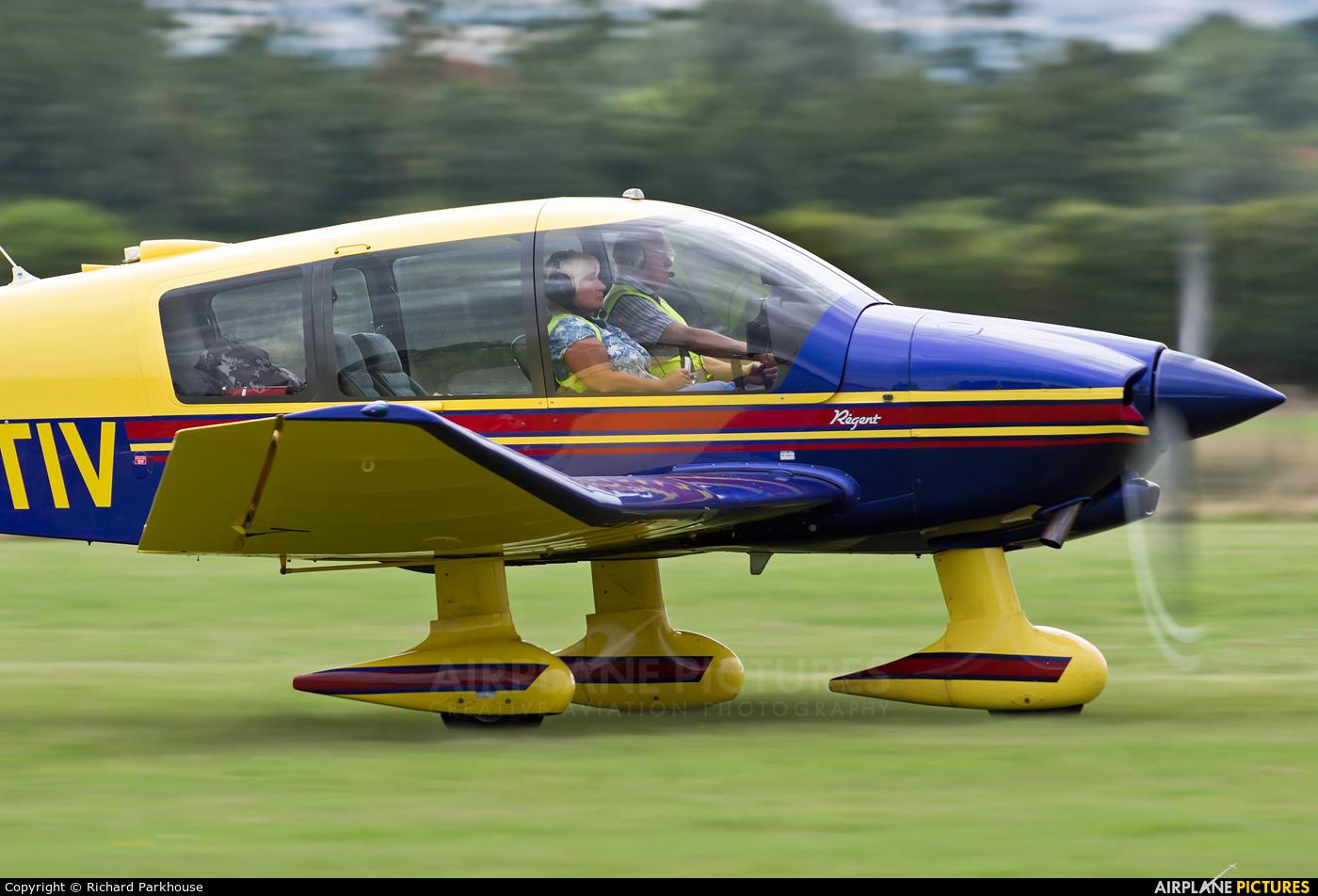 Private G-ETIV aircraft at Lashenden / Headcorn