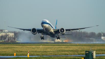 B-2075 - China Southern Cargo Boeing 777F