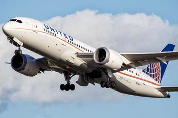 N29907 - United Airlines Boeing 787-8 Dreamliner