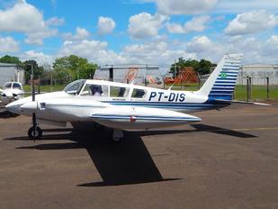 PT-DIS - Aeroclube de Londrina Piper PA-30 Twin Comanche