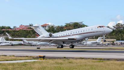 N112QS - Netjets (USA) Bombardier BD-700 Global Express