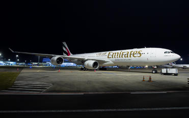 A6-ERE - Emirates Airlines Airbus A340-500