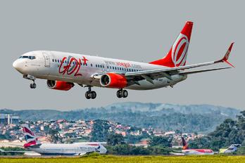 PR-GUG - GOL Transportes Aéreos  Boeing 737-800