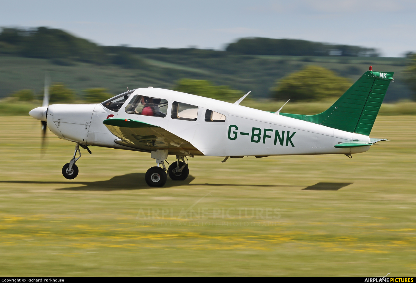 Private G_BFNK aircraft at Old Sarum