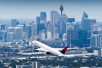 N702DN - Delta Air Lines Boeing 777-200LR