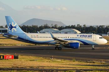 XA-IUA - Interjet Airbus A320