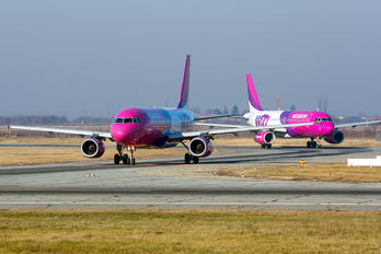 HA-LWM - Wizz Air Airbus A320