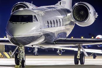 N888FR - Private Gulfstream Aerospace G-IV,  G-IV-SP, G-IV-X, G300, G350, G400, G450