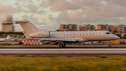 OY-VIZ - Execujet Europa AS Bombardier BD-700 Global 5000