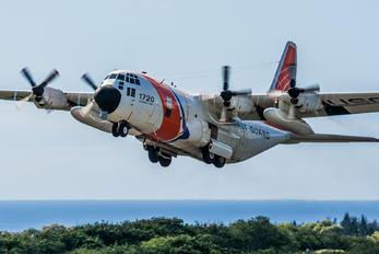 1720 - USA - Coast Guard Lockheed C-130H Hercules