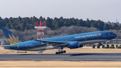 VN-A143 - Vietnam Airlines Boeing 777-200ER