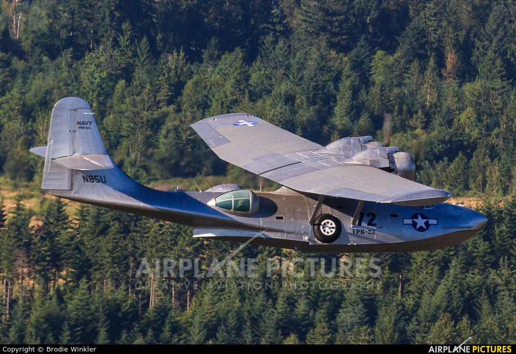 Flying Fireman N85U aircraft at In Flight - Washington (State)