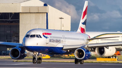 G-EUYU - British Airways Airbus A320