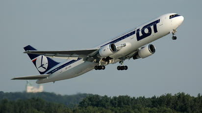 SP-LPG - LOT - Polish Airlines Boeing 767-300ER
