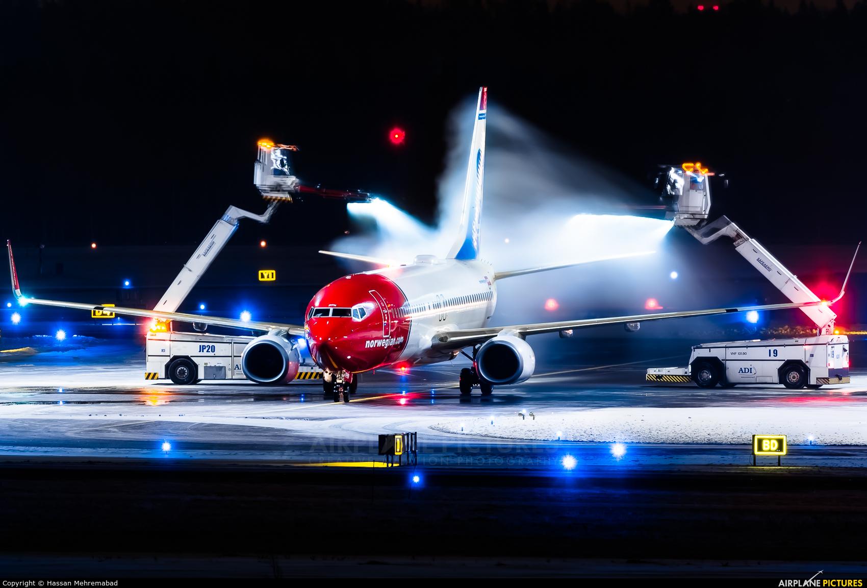 Norwegian Air International EI-FHW aircraft at Helsinki - Vantaa