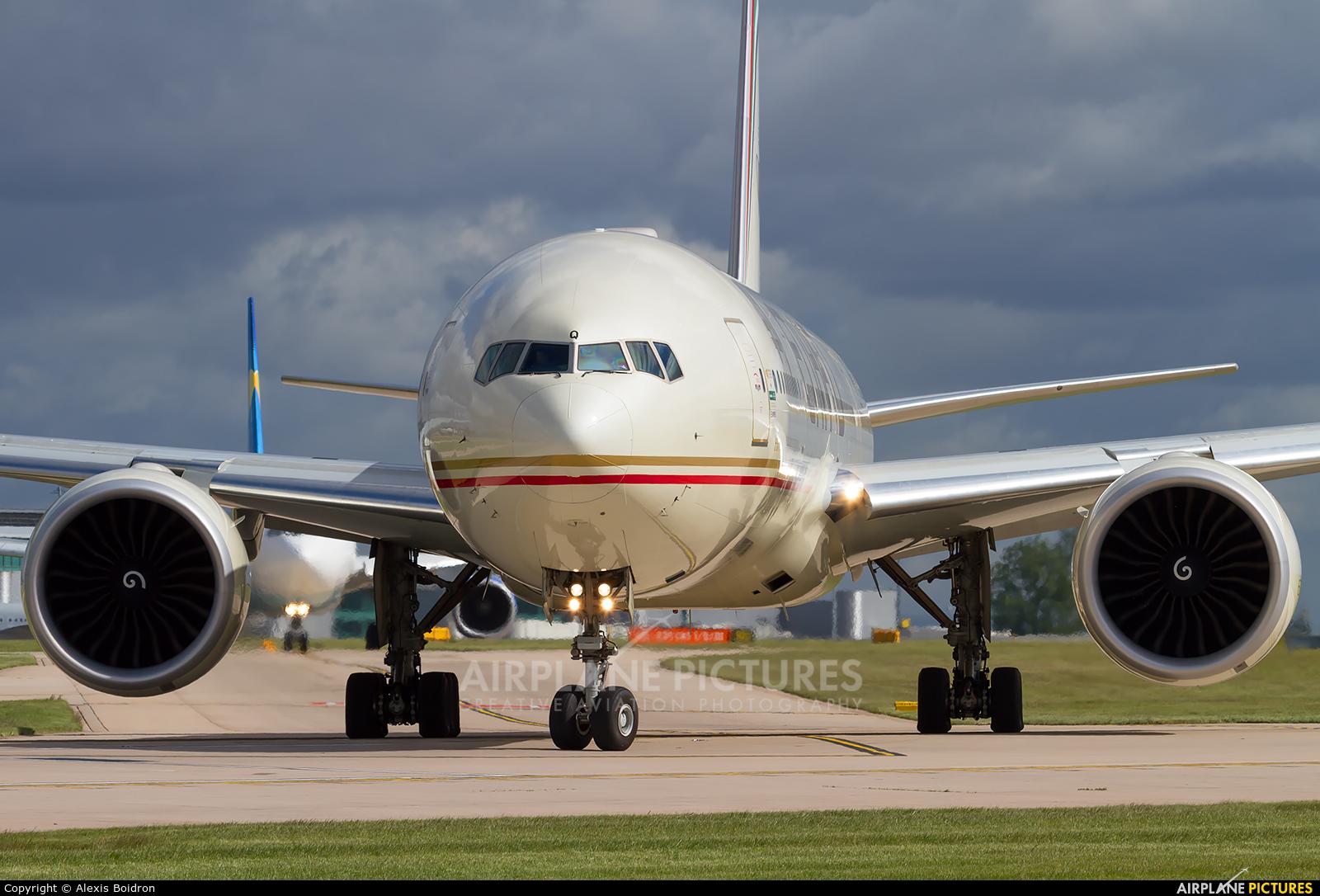 Etihad Airways A6-ETQ aircraft at Manchester