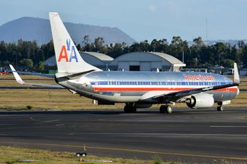 N899NN - American Airlines Boeing 737-800