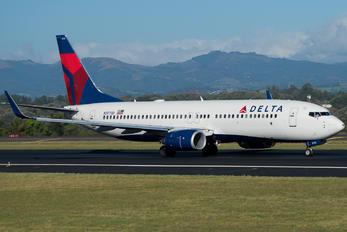 N3773D - Delta Air Lines Boeing 737-800