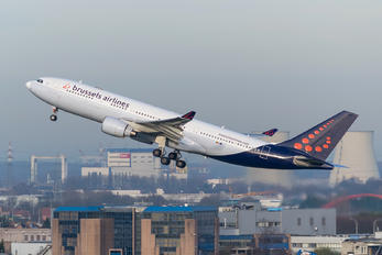 OO-SFY - Brussels Airlines Airbus A330-200