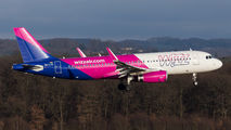 HA-LYQ - Wizz Air Airbus A320 aircraft