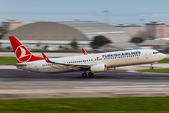 TC-JYL - Turkish Airlines Boeing 737-900ER