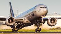 #2 KLM Boeing 777-300ER PH-BVD taken by Rutger Smulders