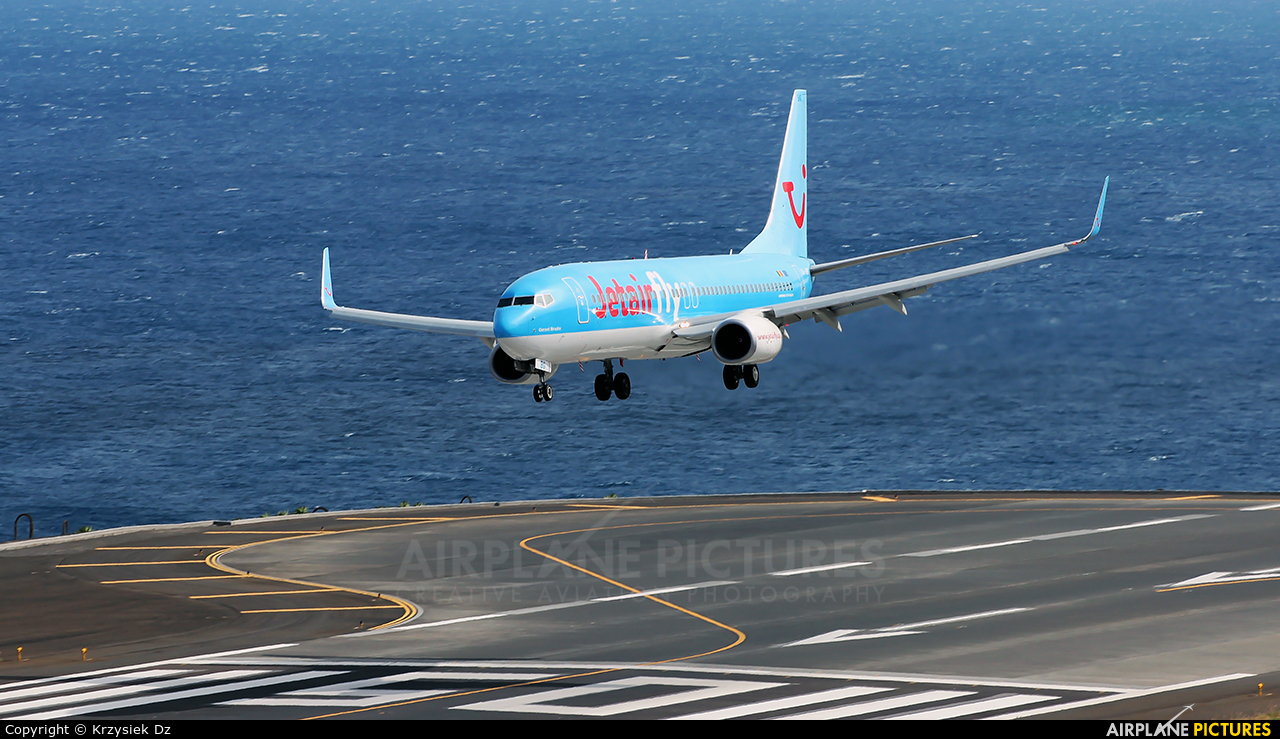 Jetairfly (TUI Airlines Belgium) OO-JBG aircraft at Madeira