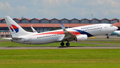 9M-MXR - Malaysia Airlines Boeing 737-800