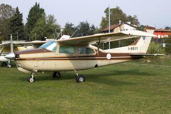 I-BBTT - Private Cessna 210 Centurion