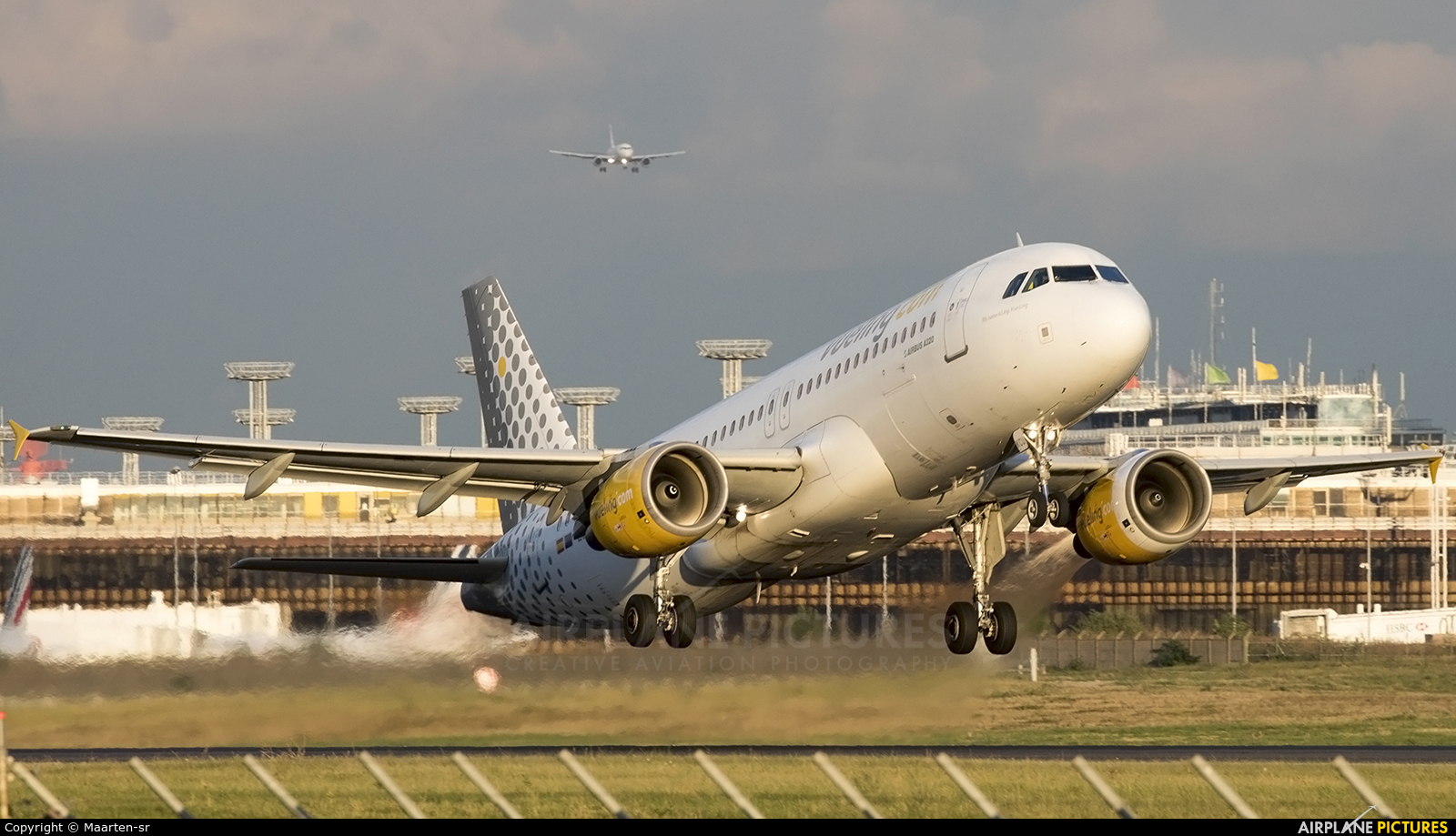 Vueling Airlines EC-KCU aircraft at Paris - Orly