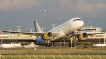 EC-KCU - Vueling Airlines Airbus A320 aircraft