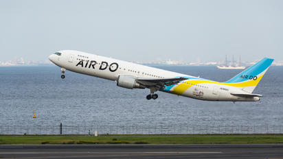 JA98AD - Air Do - Hokkaido International Airlines Boeing 767-300
