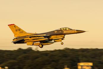 92-3891 - USA - Air Force Lockheed Martin F-16CJ Fighting Falcon